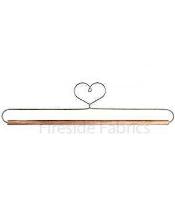 "HEART WIRE QUILT HANGER WITH DOWEL - 12"" (31cm)"